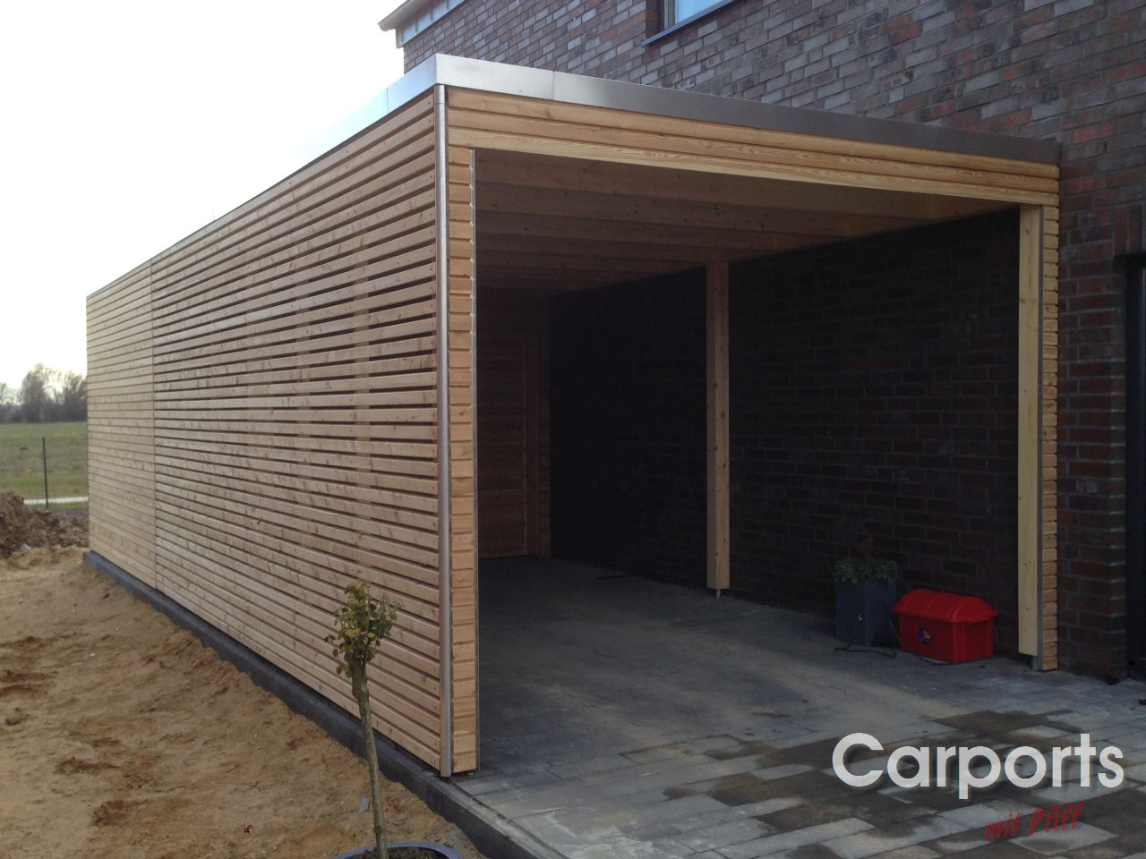 carport bauhaus rhombo aus sibirischer l rche carports mit pfiff. Black Bedroom Furniture Sets. Home Design Ideas